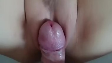 Moms hairy pussy in zoom
