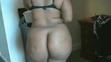 My Super Thick Mom Caught Me Jacking Off She Wanted Me To Pound Her Pussy